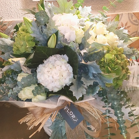 hortensias rosas y eucaliptus