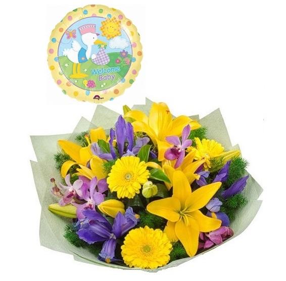 ramo flores bebe azul amarillo
